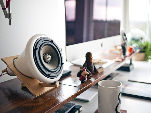 External Speakers - The Absolutely-Must Have Laptop Accessories for You to buy in 2017