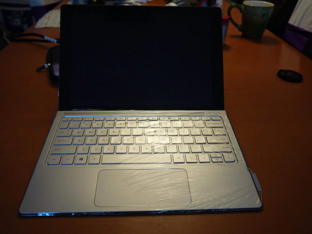 HP - Spectre x2 -Best Laptops under 1000