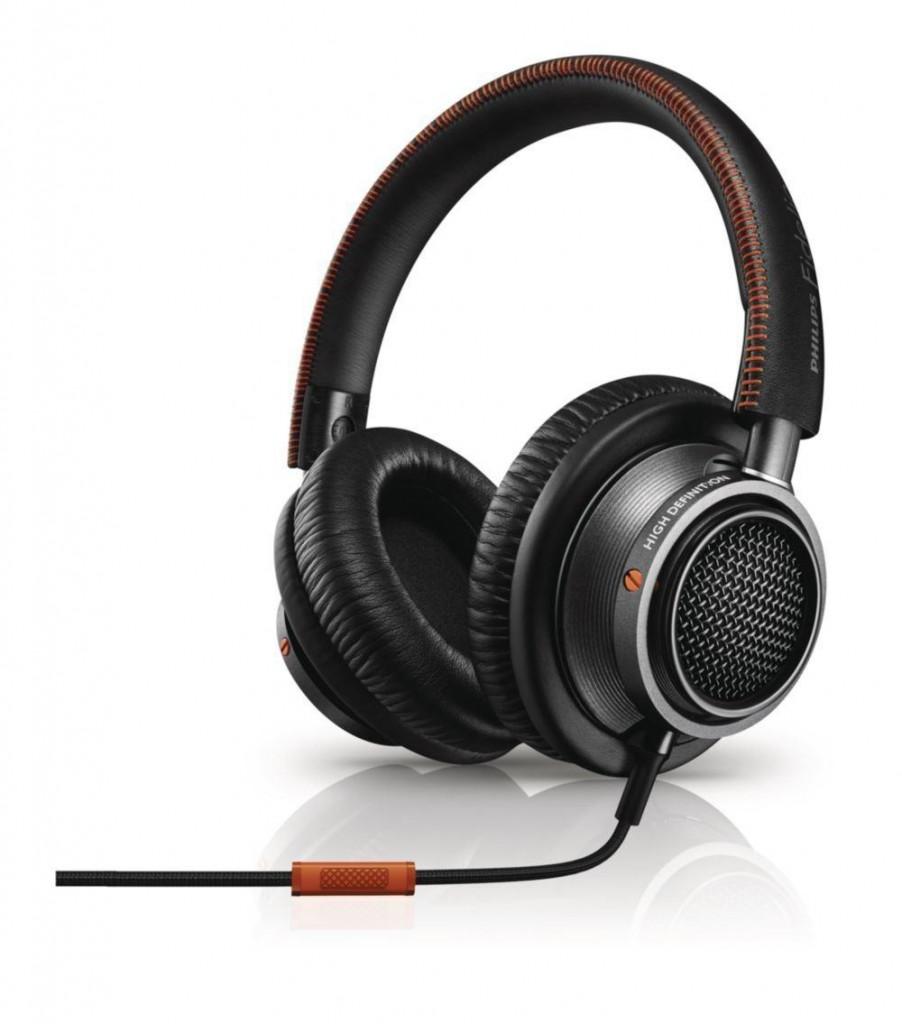 Philips Fidelio L2 Headphone - Best Headphones under 200 dollars